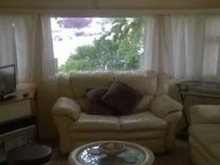 Seawick Holiday Park -Caravan to rent/ 3 bedrooms, St Osyth