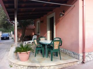 Villa indipendente, Avola