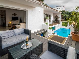 3 bedroom house with private pool Puerto Banus