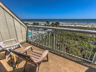 Direct Oceanfront Views, 339 Breakers. Sleeps 4-6, Hilton Head