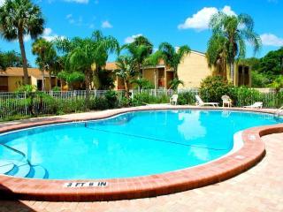 Large 1br/1ba vacation rental condo (780 Sq.Ft.)
