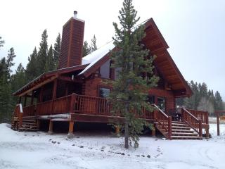 Mountain View Lodge - 10-minutes to Yellowstone!, West Yellowstone