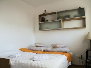 Studio apartman Otok near AirPort
