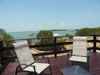 Modern 3rd floor Sea view Apartment, Belize City