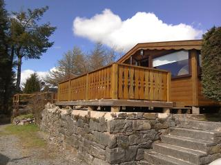 Log Cabin/Holidays/Short Breaks /Pets/ bikes/walking, Bronaber
