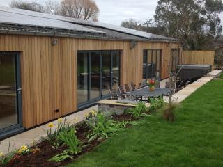 Brand New Industrial Conversion with private spa, Glastonbury