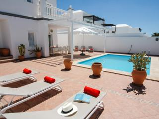 Fantastic 4bed villa in central Costa Teguise