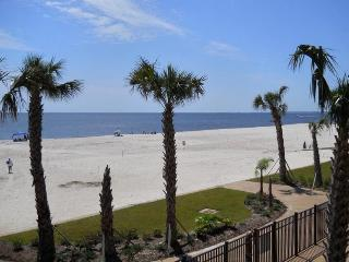 Condo on the Beach with Sea Views, Pass Christian