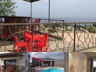 T6  de luxe ,vue mer, piscine, climatise, wifi