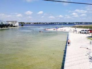 New Luxury Home, Pool, Just Steps to the Beach, Gulf Shores