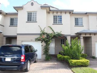 Tortugas Paradise - Gorgeous Condo near Beach - Sleep 6, spacious
