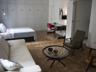 W01.37 - 2 BEDROOM APARTMENT IN LAGOA, Río de Janeiro