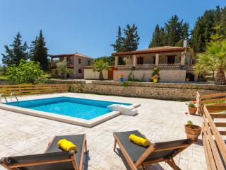 Liuba Houses - Irene House with Private Pool, Vasilikos