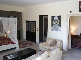Villa Mosè, Villaggio Mose
