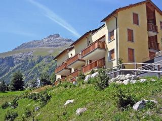 Apt. E8, St. Moritz
