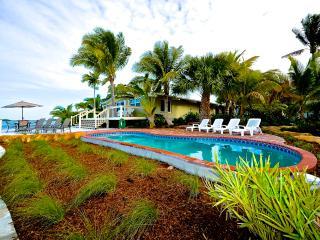 Waterfront Masterpiece - Key West - Ocean Access!