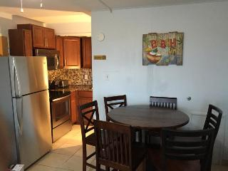 Wildwood Beach Front~Heated Pool~3 Rooms~3FULLbath