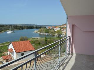TH01310 Apartments Slavica / Studio A3