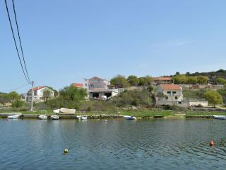 TH01310 Apartments Slavica / One bedroom A1, Skradin