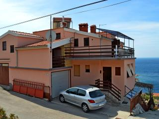 TH01307 Apartments Marinov / Two Bedrooms A1, Primosten