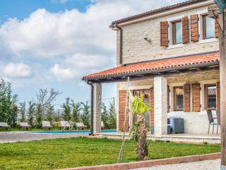 TH03612 Villa Rustica Delia