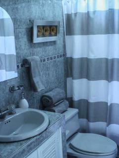 Bathroom, 2nd floor