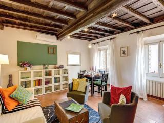 Spacious Casa Verde Trastevere apartment in Trastevere with WiFi & air condition