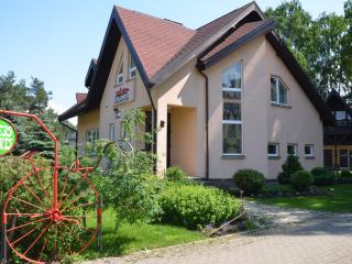 Retro Auto Museum Apartments, Riga