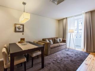 Romantic 2.5 apartment in São Nicolau with WiFi, air conditioning & balcony.