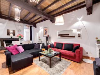 De' Fiori Vintage apartment in Centro Storico with WiFi., Rome