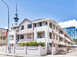 CBD 2bdm free parking close to Sky Tower, Auckland (centrum)