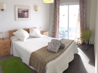 main bedroom en - suite