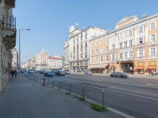 Budapesting's Astoria Garden View Apartm. 1Be/1Ba