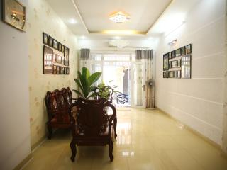 Private location with 2 large bedrooms at Dist 1, Ho-Chi-Minh-Stadt