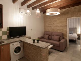 BOOKING SEVILLA TRIANA 2