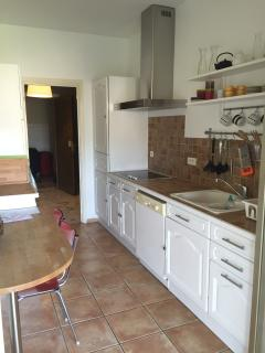 Freshly renovated and fully equipped kitchen