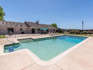 POOL, Views, Privacy - Brand New and Waiting for You!, Templeton