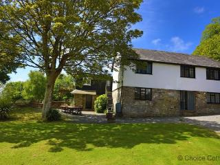 BISHOPS TAWTON THE COACH HOUSE | 5 Bedrooms