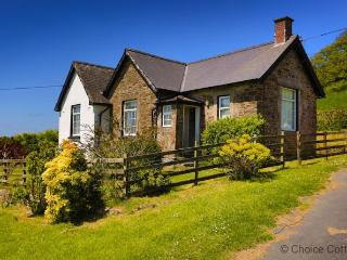 BISHOPS TAWTON THE LODGE | 2 Bedrooms, Bishop's Tawton