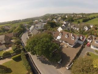 CROYDE CHESTNUT HOUSE | 6 Bedrooms, Croyde