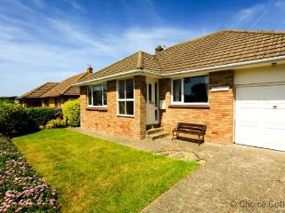 CROYDE NAUWAI | 2 Bedrooms - ('Näuwai ('na-why') means 'your water')