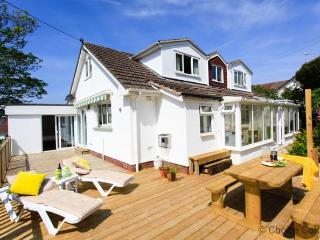 CROYDE BROADLANDS | 6 Bedrooms, Croyde