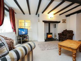 BRAUNTON APRIL COTTAGE | 3 Bedrooms