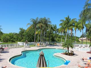 Vacation Heaven in this beautiful 2Bed/2Bath Condo, Kissimmee