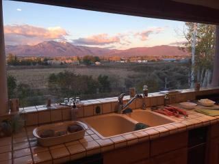 Dos Tusas-Grand and Gorgeous Taos!!