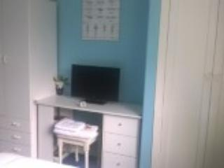 2 double wardrobes, computer/dressing table.ample drawers, shelves, towels, TV, kettle, teas, coffee
