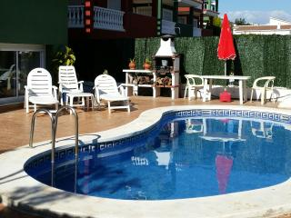 Apartamento adosado con jardín y piscina privada, Peniscola