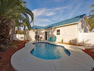 Beautiful 3 Bedroom with Private Pool