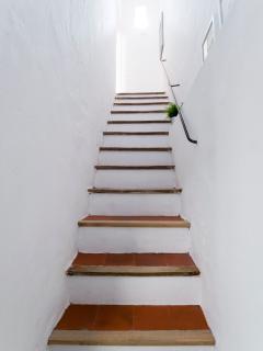 L'escalier d'accès au 1er étage