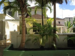 Amaryllis Villa- Holetown, Can be booked with 2 or 4 bedrooms